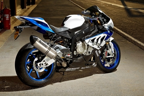 2013-BMW-S1000RR-HP4-119.jpg